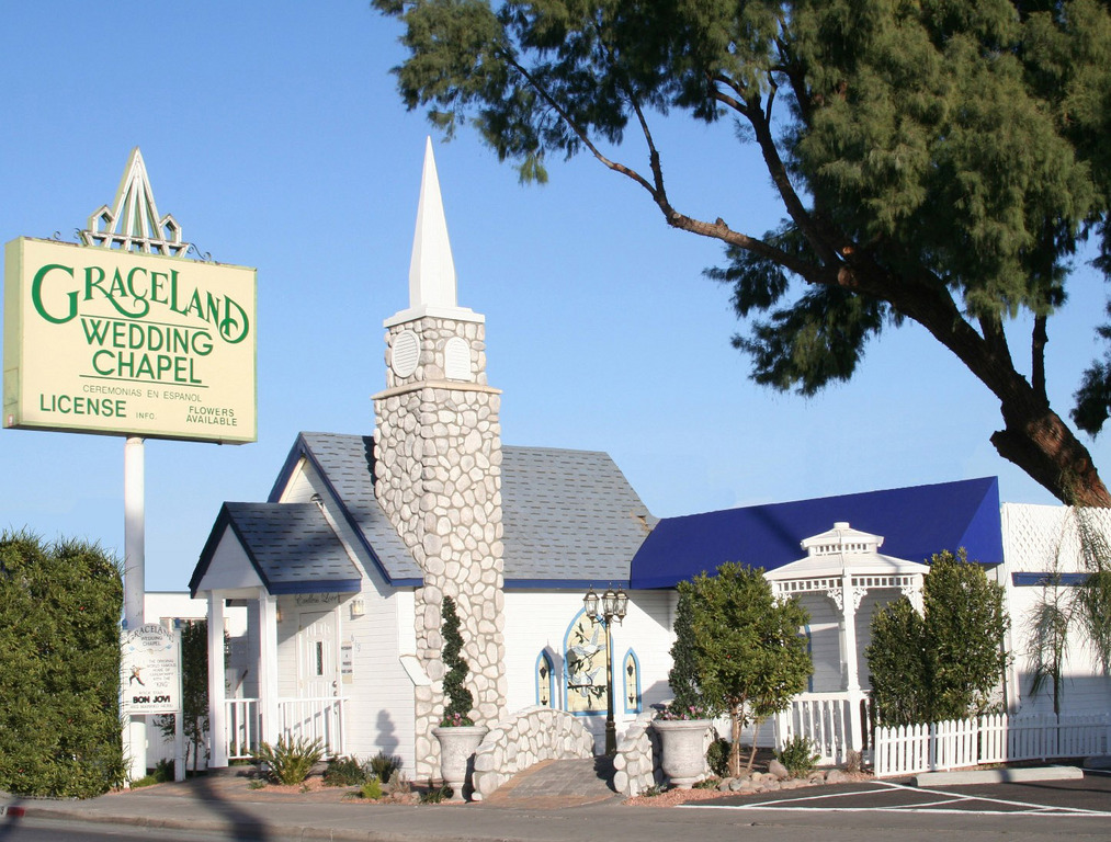 graceland chapel is now one of the most famous wedding venues in las vegas