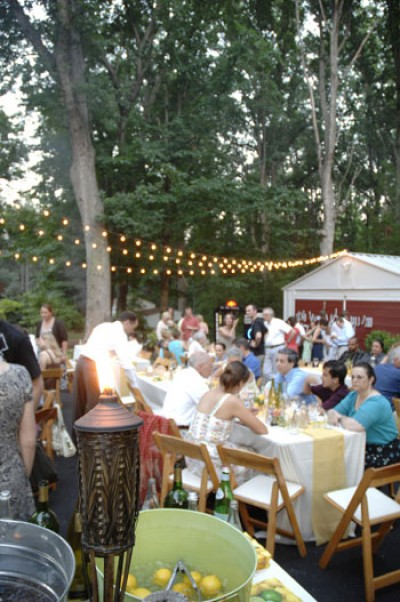 7 tips to help you have a great backyard wedding
