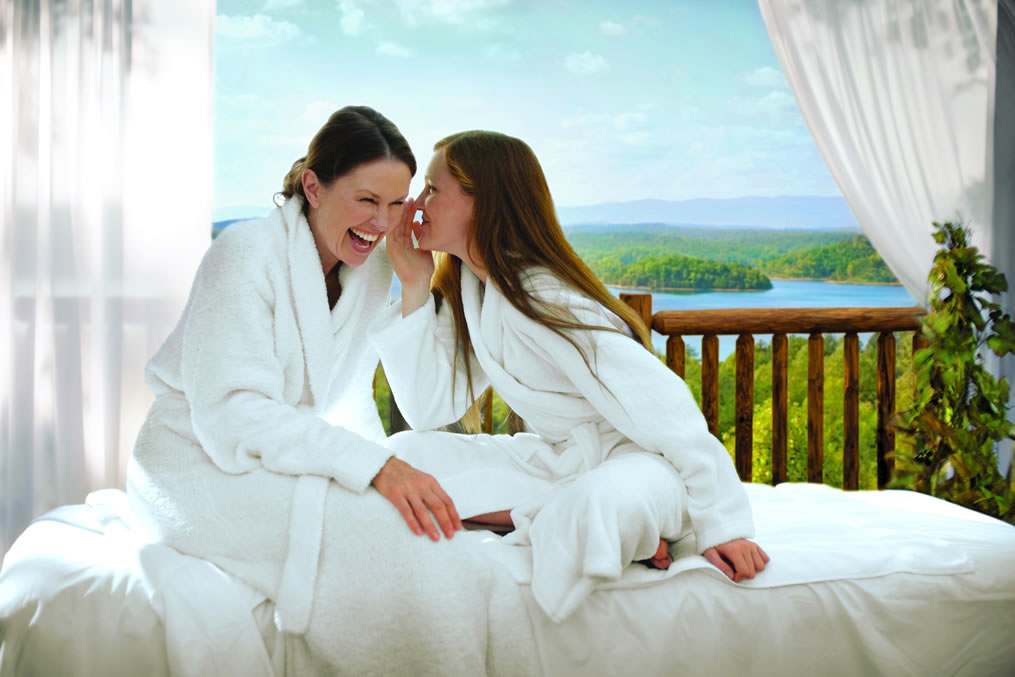 Create a mother-daughter spa day in the comfort of your own home. With these simple tips and creative spa recipes, mothers and daughters of all ages can pamper each other with mud masks, massages, nourishing snacks, and more.
