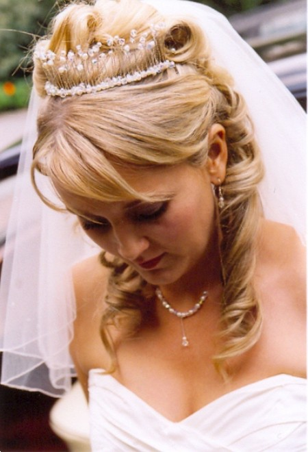 wedding hair veil styles 7 accessories every needs on wedding day 5725